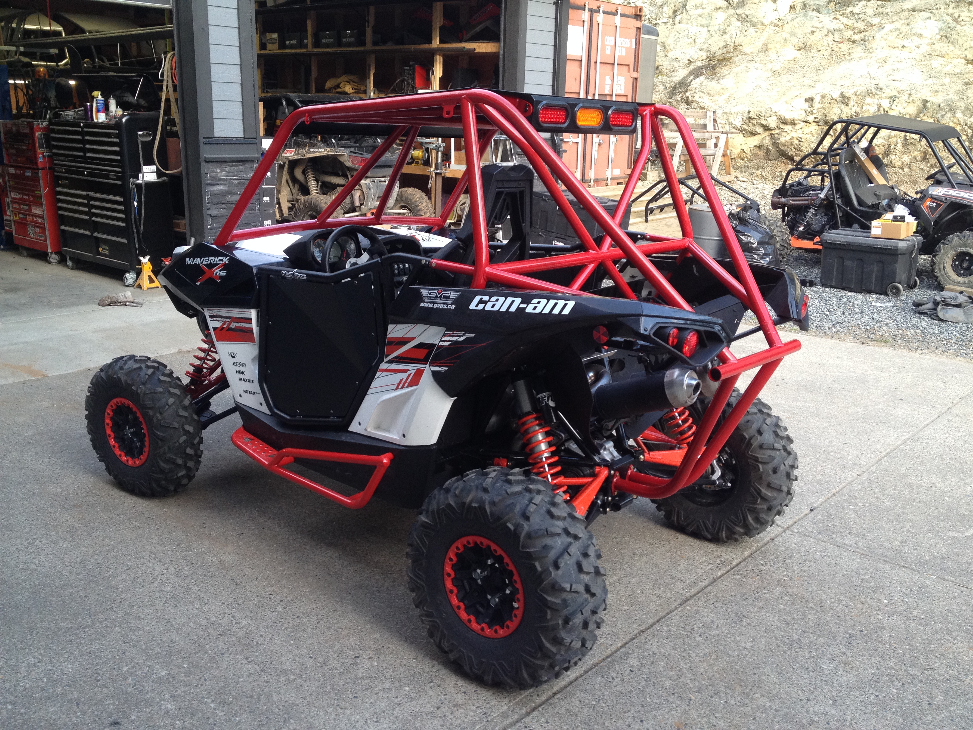 Can Am Maverick Roll Cage Concept Distributing Canada